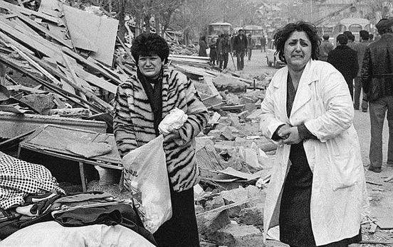 https://am.avalanches.com/yerevan_podrobnosty_zemletriasenyia_v_armenyy_1988_hoda16171_07_12_2019