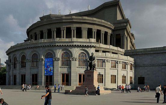 https://am.avalanches.com/yerevan_teatr_oper_y_baleta_v_armenyy13542_23_11_2019