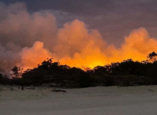 https://au.avalanches.com/perth_queensland_fires_getting_stronger_as_winds_pick_up12459_17_11_2019