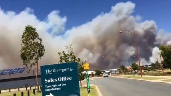 https://au.avalanches.com/perth_south_of_perth_in_baldivis_got_bushfire_emergency_warning22531_09_01_2020