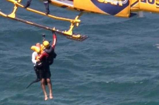 https://au.avalanches.com/perth_two_men_saved_from_the_ocean_off_perths_jindalee_beach_after_boat_sin20602_29_12_2019