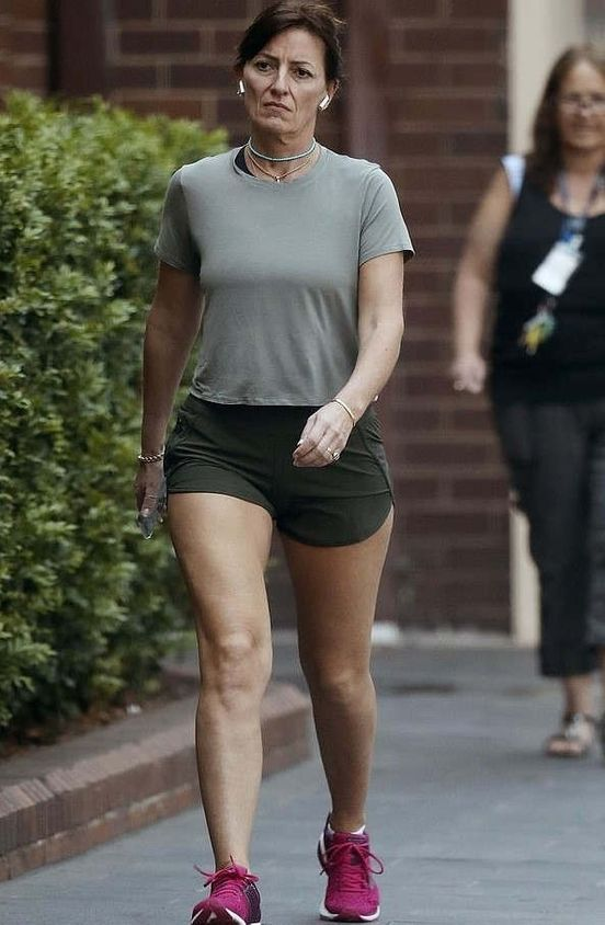 https://au.avalanches.com/sydney_52yearold_davina_mccall_showsoff_her_gym_hones_legs_while_wearing_t20553_29_12_2019