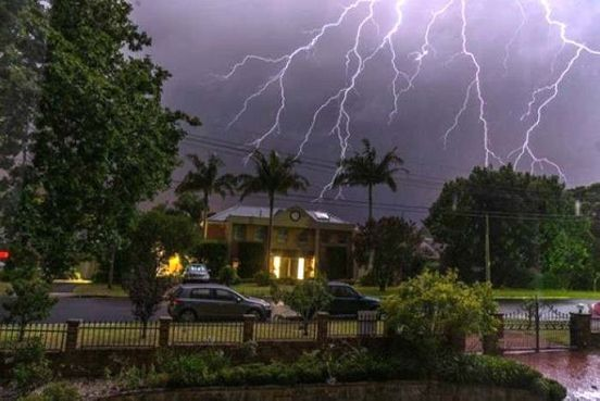 https://au.avalanches.com/sydney_topic_severe_thunderstorms_strike_australia_overnight31198_19_02_2020