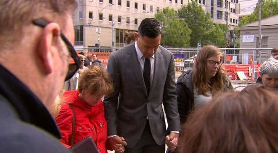 https://au.avalanches.com/melbourne_prayer_circle_in_melbourne_with_israel_folau15295_02_12_2019