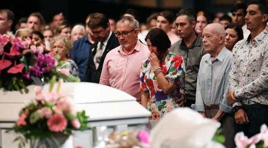 https://au.avalanches.com/brisbane__adieu_to_hannah_clarke_and_her_three_children_in_a_brisbane_funeral_h35551_11_03_2020