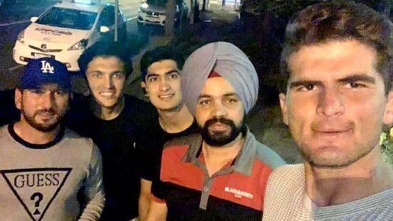 https://au.avalanches.com/brisbane_an_indian_cab_driver_was_taken_for_dinner_by_pakistan_cricketers_in_brisbane_after_his_refusal_to_ch14631_28_11_2019