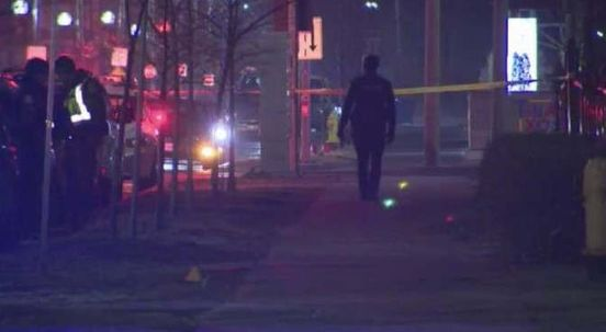 https://ca.avalanches.com/toronto_shooting_in_downtown_toronto_sees_serious_injury_to_a_man30426_16_02_2020