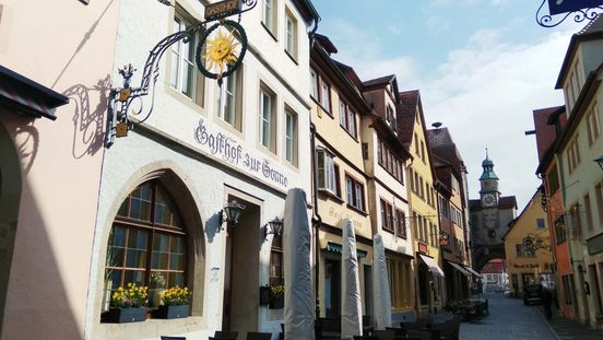 https://de.avalanches.com/nrnberg_die_hotelbranche_in_touristischen_rothenburg_ob_der_tauber_berlebt_ni41083_03_04_2020