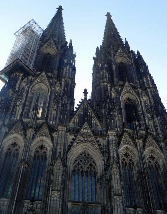 https://de.avalanches.com/kln_kathedrale_der_heiligen_peter_und_maria_kln_deutschland12481_18_11_2019