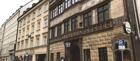 https://de.avalanches.com/munich__mnchen_verliert_beliebtes_wirtshaus_hofer_der_stadtwirt_sperrt_272281_15_05_2020