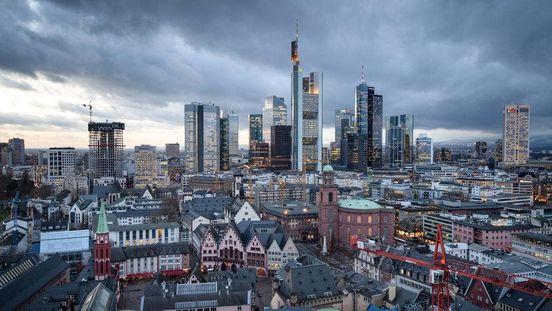 https://de.avalanches.com/frankfurt_am_main__frankfurt_coronamanahmen_gelockert_doch_viele_geschfte_bleiben_z124305_20_04_2020