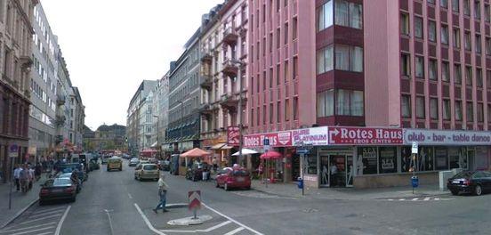 https://de.avalanches.com/frankfurt_am_main_angriff_in_bahnhofsviertel_mann_schwer_verletzt12883_19_11_2019