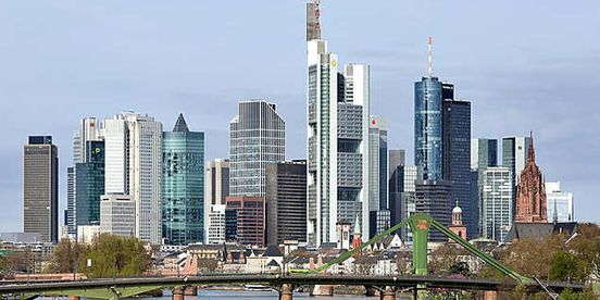 https://de.avalanches.com/frankfurt_am_main_coronavirus_in_deutschland_drohen_ausgangssperren_was_man_wissen_mu37430_20_03_2020