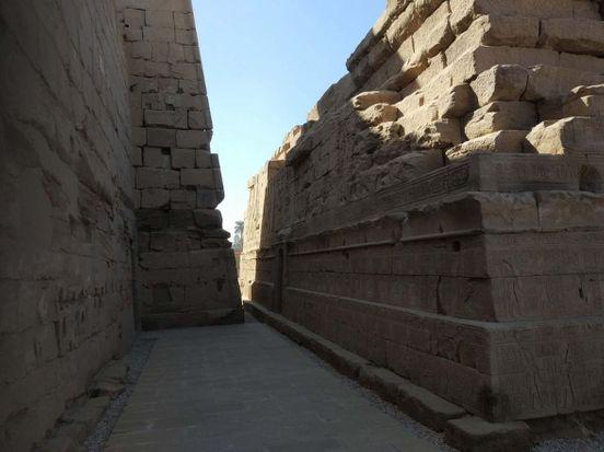 https://eg.avalanches.com/luxor_karnak_temple_luxor_egypt16503_09_12_2019