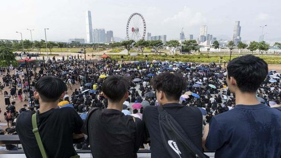 https://hk.avalanches.com/hong_kong_in_hong_kong_the_number_of_tourists_decreased_by_40_due_to_protests5809_13_10_2019
