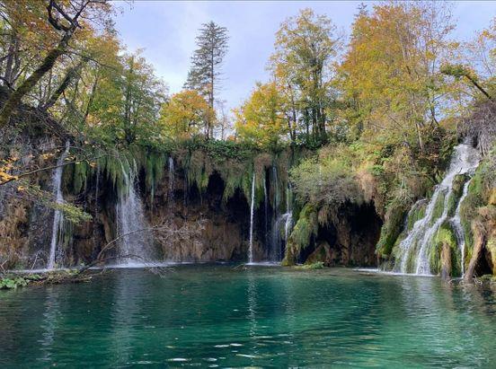 https://hr.avalanches.com/zagreb_nevjerojatno_lijepo_mjesto_hrvatska13121_21_11_2019