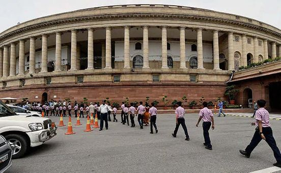 https://in.avalanches.com/new_delhi_from_parliament_to_army_house_lutyens_buildings_are_not_safe_from_fire16548_09_12_2019