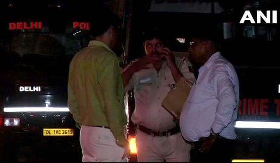 https://in.avalanches.com/new_delhi_speeding_delhi_bus_crashes_into_3_twowheelers_4_injured4635_07_10_2019