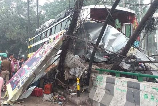 https://in.avalanches.com/lucknow_a_high_speed_bus_rammed_people_sleeping_on_footpath8970_31_10_2019