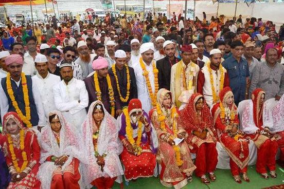 https://in.avalanches.com/lucknow_strong162_couples_got_married_in_a_mass_wedding_ceremonystrong27115_30_01_2020