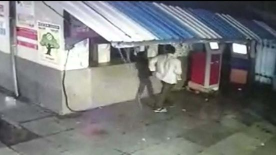 https://in.avalanches.com/jaipur_mobile_thief_caught_in_a_cctv29971_14_02_2020