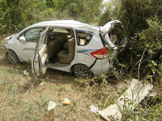 https://in.avalanches.com/jaipur_accident_high_speed_car_overturns34110_04_03_2020