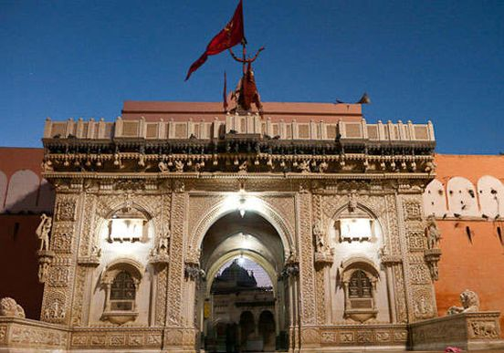 https://in.avalanches.com/jaipur_restriction_of_devotees_in_karni_temple37900_22_03_2020