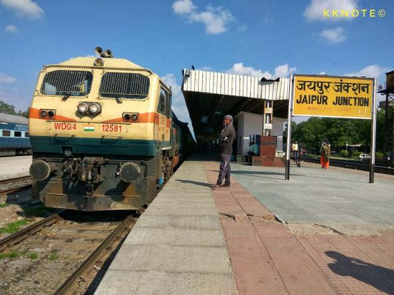 https://in.avalanches.com/jaipur_reports_from_bus_stand_railway_station_and_airport37872_22_03_2020