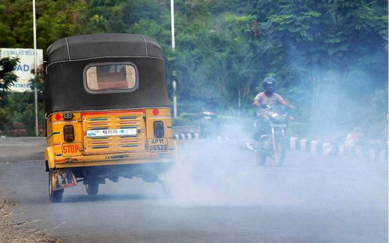https://in.avalanches.com/delhi_ban_on_diesel_auto_rickshaws_18847_21_12_2019