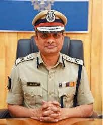 https://in.avalanches.com/delhi_former_police_commissioner_rajiv_kumar_to_be_arrested1248_17_09_2019