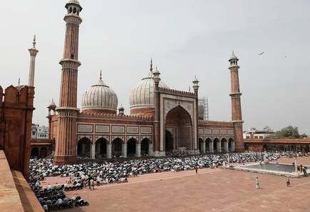 https://in.avalanches.com/delhi_jumas_prayer_will_not_be_performed_today_in_jama_masjid39058_27_03_2020