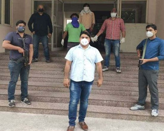 https://in.avalanches.com/delhi_police_arrested_a_notorious_criminal93775_14_04_2020