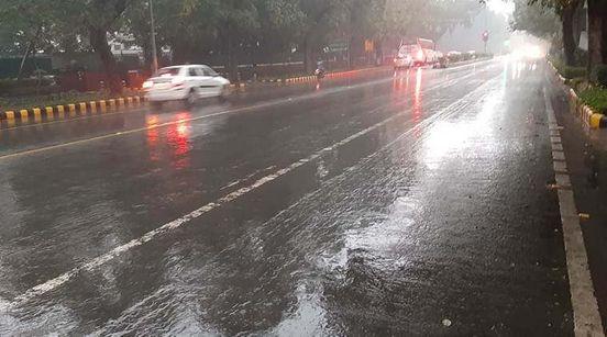 https://in.avalanches.com/delhi_rain_lashes_parts_of_delhincr_temperature_likely_to_drop22172_08_01_2020