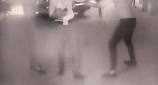 https://in.avalanches.com/delhi_dispute_over_parking_slip5297_11_10_2019