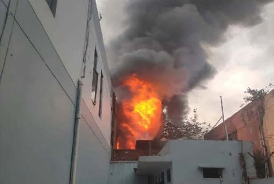 https://in.avalanches.com/delhi_fire_in_shoemaking_factory_count_of_died_people_reached_two13883_25_11_2019