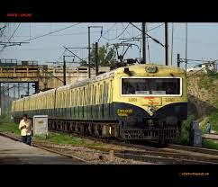 https://in.avalanches.com/delhi_man_going_to_delhi_collided_with_train_died4853_08_10_2019