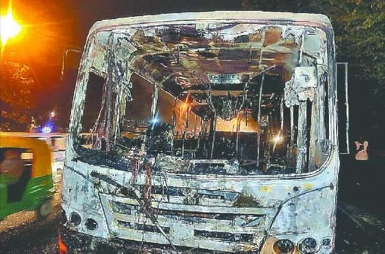 https://in.avalanches.com/delhi_passenger_safe_fire_in_cluster_bus16378_08_12_2019