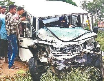 https://in.avalanches.com/delhi_strongsuv_and_truck_collided_1_died_1_injuredstrong27849_03_02_2020