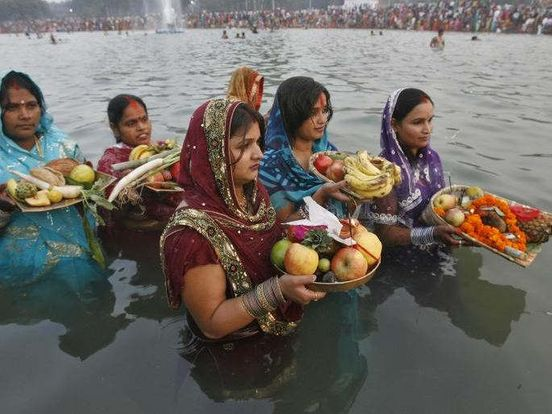 https://in.avalanches.com/delhi_up_government_prepares_for_chhath_pujan9417_02_11_2019