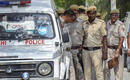 https://in.avalanches.com/delhi_1000_jobseekers_in_delhi_duped_6_men_arrested2085_23_09_2019