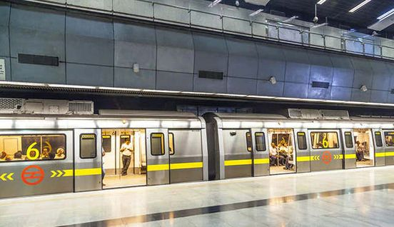 https://in.avalanches.com/delhi_17_metro_stations_including_rajiv_chowk_remained_closed_due_to_violent18871_21_12_2019