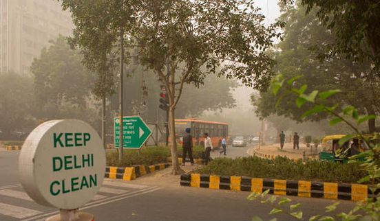 https://in.avalanches.com/delhi_ahead_of_diwali_worst_air_quality_in_delhi7669_25_10_2019