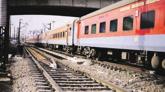 https://in.avalanches.com/delhi_cover_delhimumbai_in_10_hours_delhikolkata_in_12_hours_with_rajdhani_train_soon2771_28_09_2019