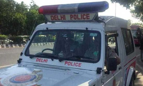 https://in.avalanches.com/delhi_driver_who_ran_over_sleeping_man_on_footpath_gets_arrested2929_29_09_2019