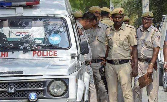 https://in.avalanches.com/delhi_for_kidnapping_murdering_minor_delhi_man_arrested_8210_28_10_2019