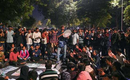 https://in.avalanches.com/delhi_jnu_student_protest_zero_hour_notice_given_by_ncp_mp_in_rajya_sabha_over_fee_hike13434_23_11_2019