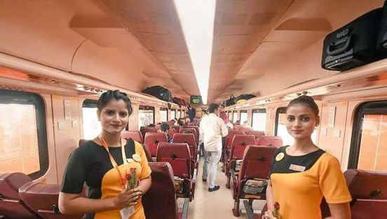 https://in.avalanches.com/delhi_passengers_will_now_get_biodegradable_water_bottles_in_tejas_express4887_08_10_2019