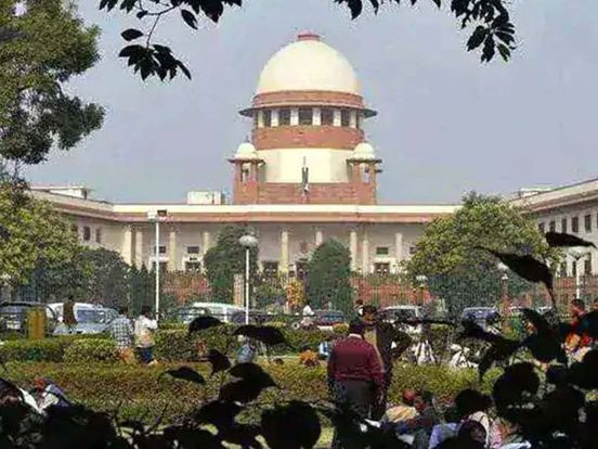 https://in.avalanches.com/delhi_supreme_court_refuses_to_hear_plea_of_lawyers_in_policelawyers_clash_18246_18_12_2019
