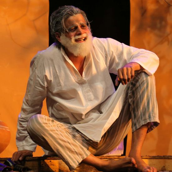https://in.avalanches.com/delhi_sachin_vashist_during_his_theatre_play226959_10_05_2020