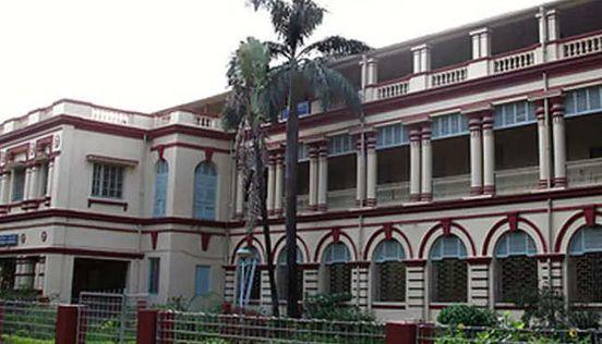 https://in.avalanches.com/kolkata_kolkata_universities_protest_after_crackdown_on_delhis_jamia_students18258_18_12_2019
